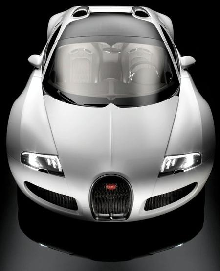 Самый первый экземпляр Bugatti Veyron без крыши продан с аукциона за 3 миллиона долларов