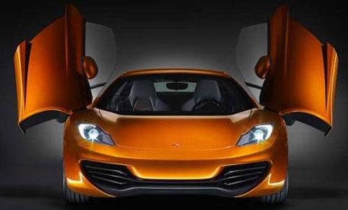 McLaren публикует первые официальные снимки нового суперкара
