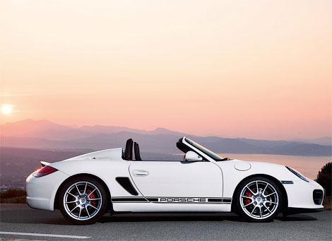 Porsche представит свой самый быстрый и легкий родстер