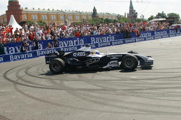 «Формула-1» порадует московских фанатов показательными заездами
