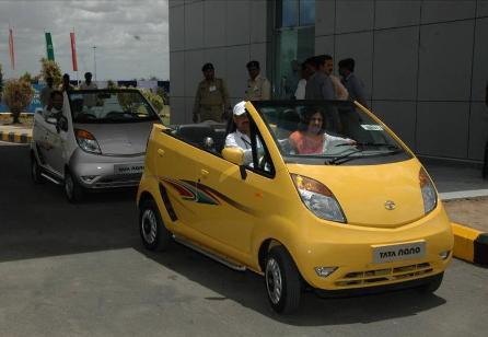 Из Tata Nano сделали кабриолет