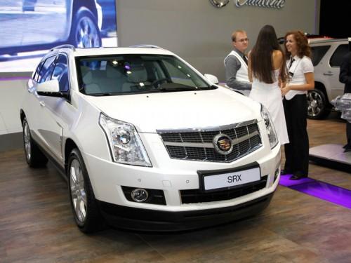 Cadillac показал москвичам новое поколение кроссовера SRX и CTS Coupe