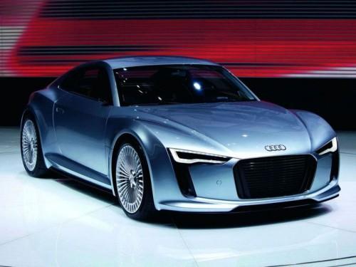Audi готовит презентацию родстера, построенного на базе электроспорткара R4 e-Tron
