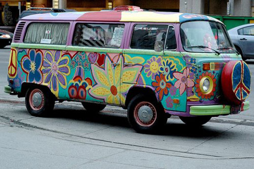 Volkswagen намерен снова выпускать любимую машину хиппи
