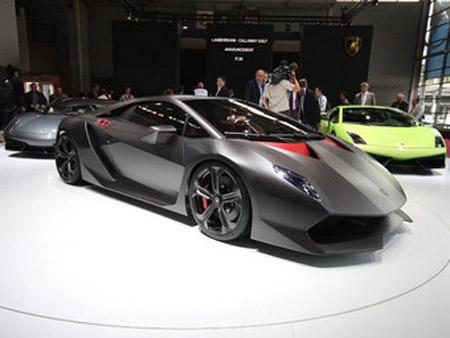 Lamborghini подтверждает запуск в производство сверхлегкого концепт-кара
