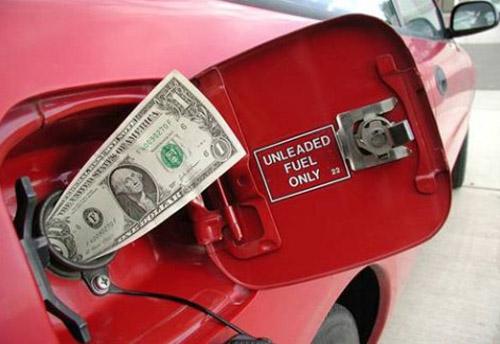 В Израиле продают самый дорогой бензин в мире