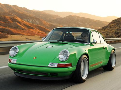 Классический Porsche 911 возродился в новой модели