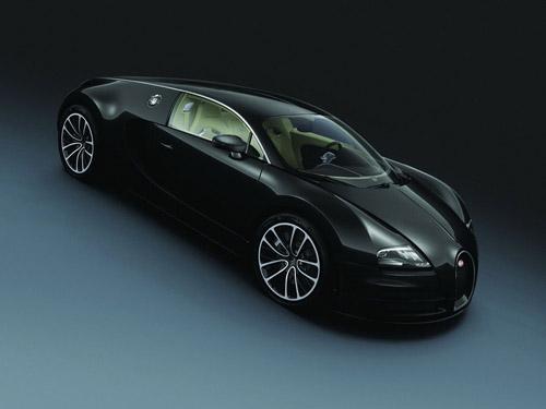 Компания Bugatti показала в Шанхае сразу два уникальных Veyron