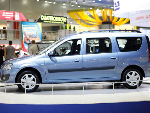 На «АвтоВАЗе» стартовала сборка пилотной партии нового универсала R90