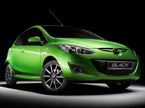 Mazda2 и Mazda МХ-5 получат ограниченную «черную» серию