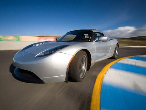 В 2014 году появится новый Tesla Roadster