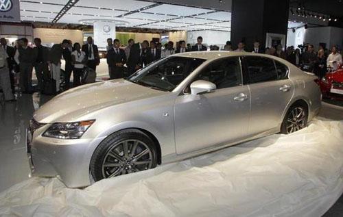 В Йоханнесбурге показали «заряженный» седан Lexus GS