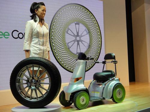 На Токийском автосалоне представлены безвоздушные шины