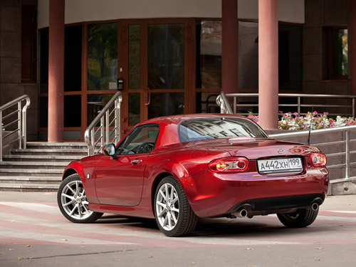 Новая Mazda MX-5 получит компактный турбомотор