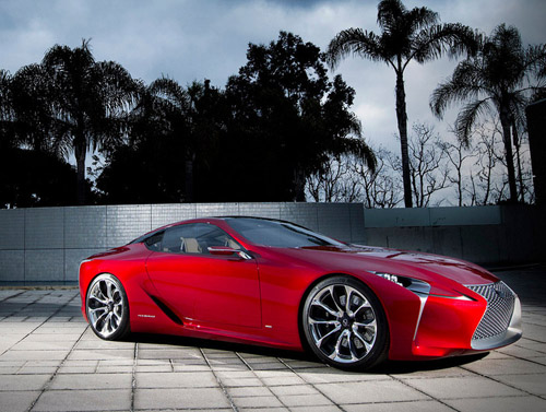 Lexus готовит к выпуску новое купе