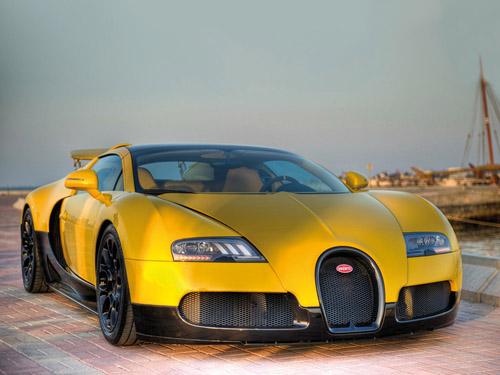 В Катаре показали «пчелиный» родстер Veyron