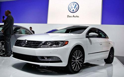 Семейство VW Golf пополнится четырехдверным купе