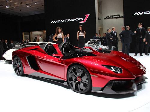На Женевском автосалоне показан уникальный Lamborghini Aventador J