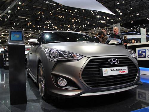 Hyundai показал концепт i-oniq и хэтчбек Veloster Turbo