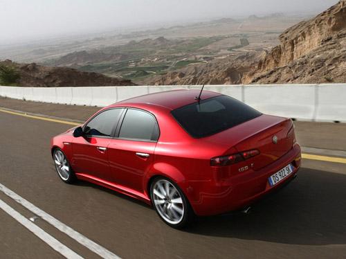 Alfa Romeo готовит конкурента BMW 3 Series