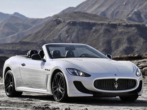 Maserati привезет в Париж флагманский кабриолет