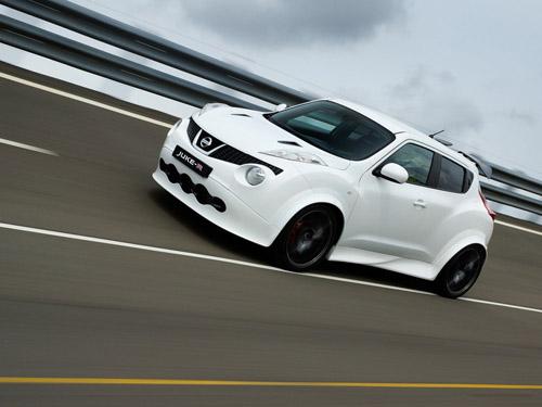 C конвейера сошел первый Nissan Juke-R