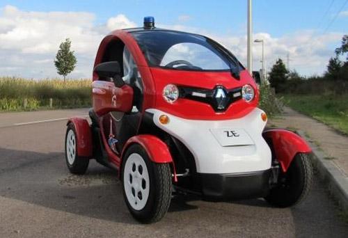 Представлена пожарная версия электромобиля Renault Twizy