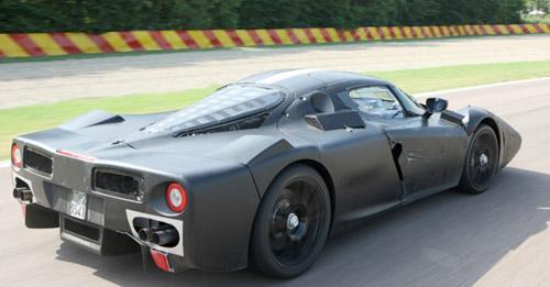 Компания Ferrari готовит к выпуску преемника Enzo