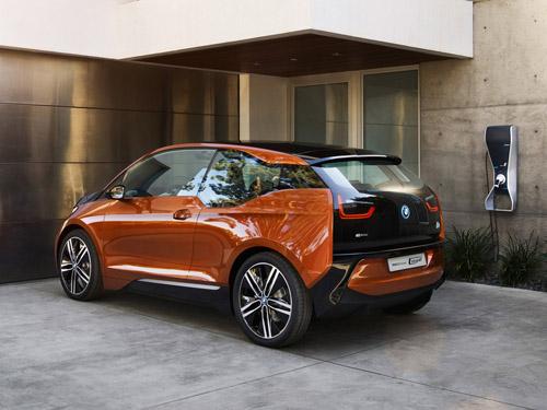 BMW покажет в Женеве концепт i3 Concept Coupe