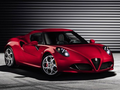 Официально представлено спортивное купе Alfa Romeo 4C