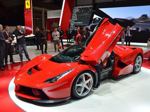 В Женеве представили самый мощный Ferrari