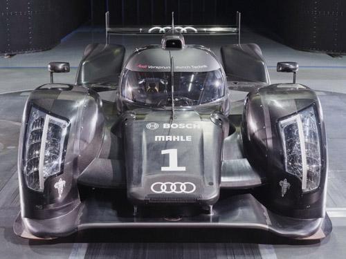 Audi свой самый престижный суперкар оснастит дизелем