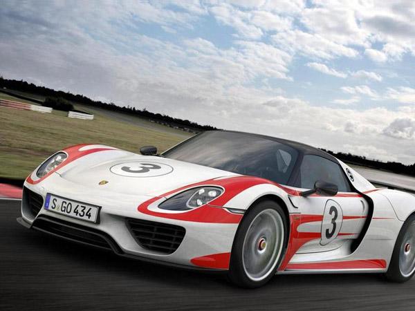 Представлена серийная версия гиперкара Porsche 918 Spyder