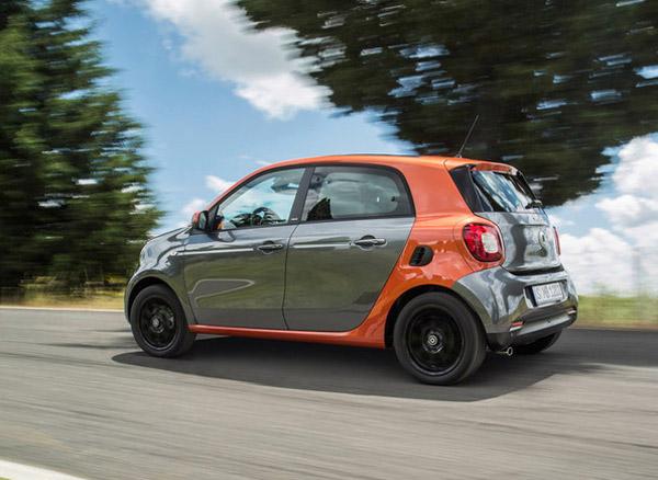 Пятидверный Smart превратится в электромобиль