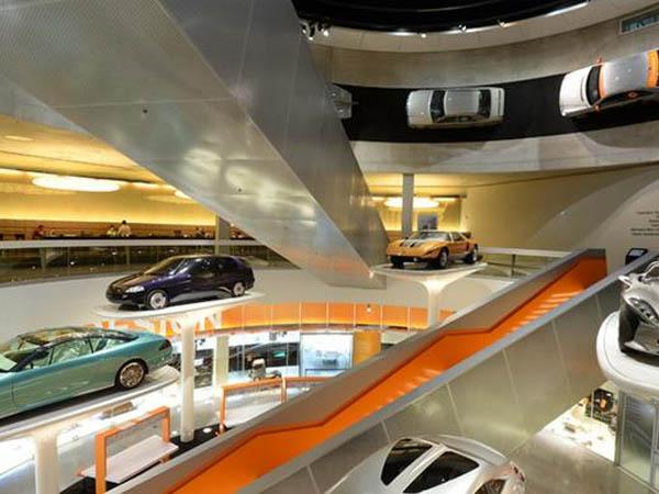 ТОП-10 автомобильных музеев