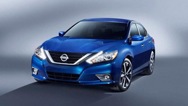 Nissan представила обновленный седан Altima