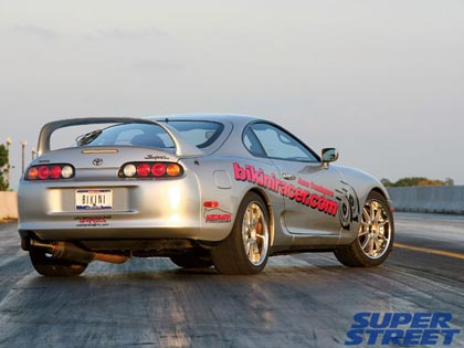 5bsupra 1994 Toyota Supra Turbo: гонщик в бикини
