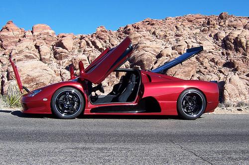 24 Разработчики самого быстрого автомобиля планеты обещают сделать его еще мощнее