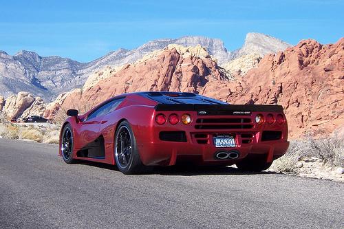 33 Разработчики самого быстрого автомобиля планеты обещают сделать его еще мощнее