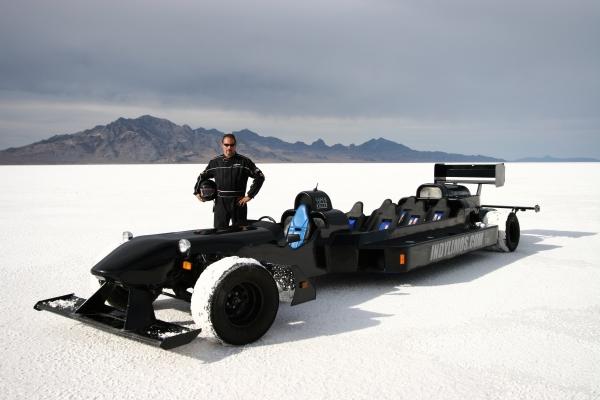1 7-местный лимузин-болид превзошел Bugatti Veyron