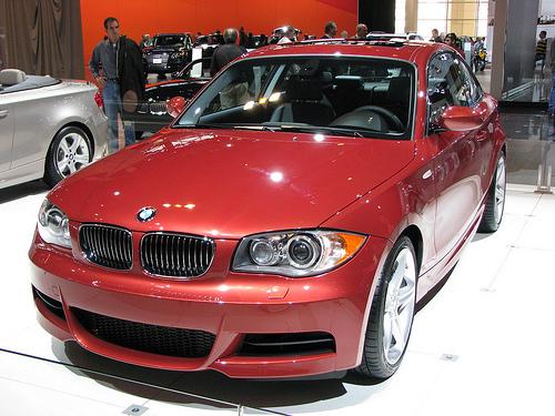 562 Опубликованы списки номинантов на звание «Автомобиль года 2009»