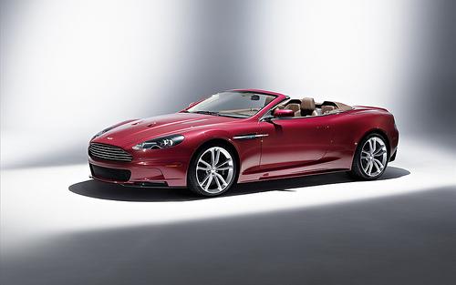 1 Новый шпионский автомобиль от Aston Martin