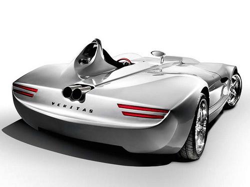 25 На автосалоне в Лондоне презентуют новые суперкары