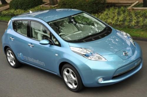 Nissan Leaf - новый компактный электрокар