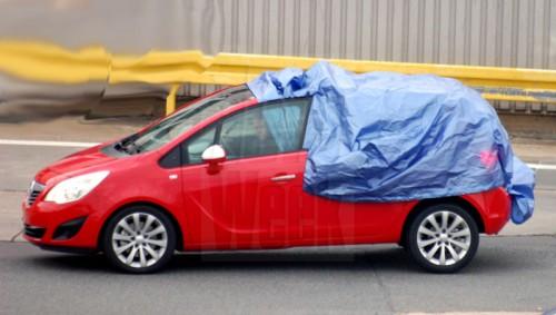 Шпионские снимки нового Opel Meriva