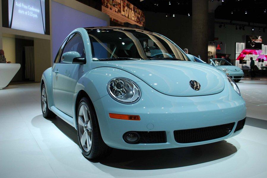 Volkswagen представил последнюю версию New Beetle