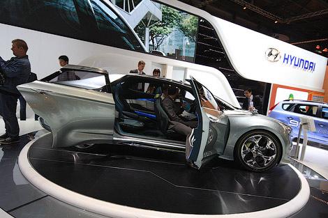 22 Моторшоу в Женеве: Hyundai и ее прототип новой Сонаты