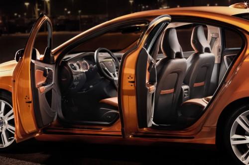 04-500x333 Компания Volvo объявила российские цены на новый Volvo S60