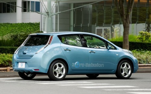 nissan-leaf-rear-three-quarter-500x312 В Интернете появился тизер электрокара Infiniti