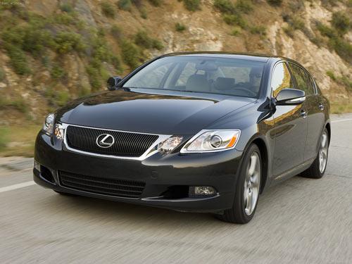 Lexus-GS350-2009-1 Toyota отозвала более 90 тыс. машин из-за дефектных моторов